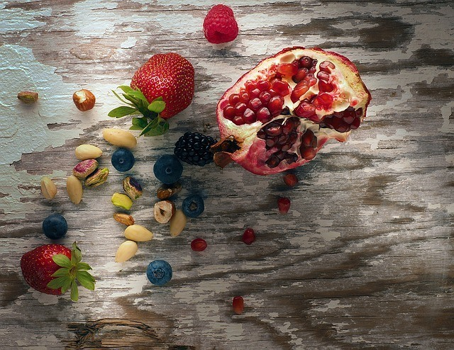 Paleo Diet Shopping List - Fruits, Seeds And Nuts