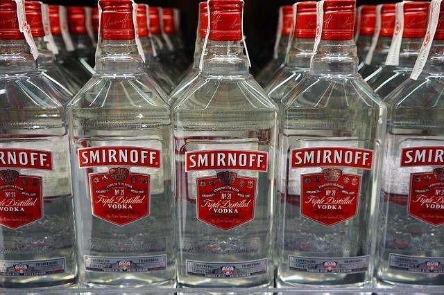 vodka-461890_640
