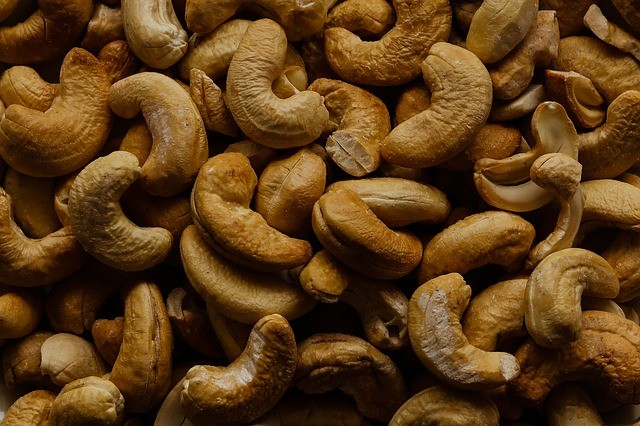 Paleo Diet Nuts - Dangers